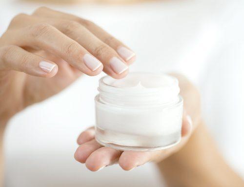 Soins du visage : l'importance de la crème de jour et nuit